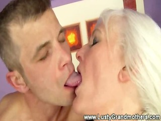 mature old grannies has a greedy mouth
