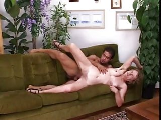 hairy italian mommy drilled in cum-hole and