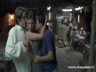 erotico three-some milf film - y tu mama tambien