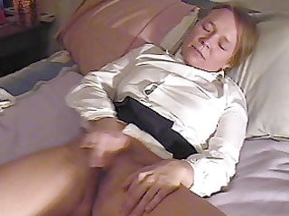 gal masturbates and cums twice, interrupted by