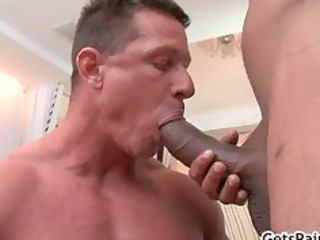 mature muscle chap engulfing dark cock part9