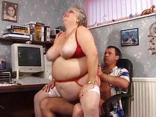 big beautiful woman granny sucks and bonks in