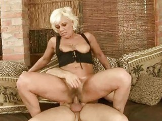 sexy granny acquires her hirsute pussy fucked hard