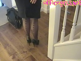 large pointer sisters mature secretary in