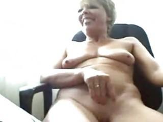 horny granny on webcam