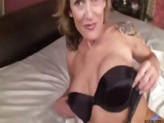busty blonde mother i gets naked and rubs and